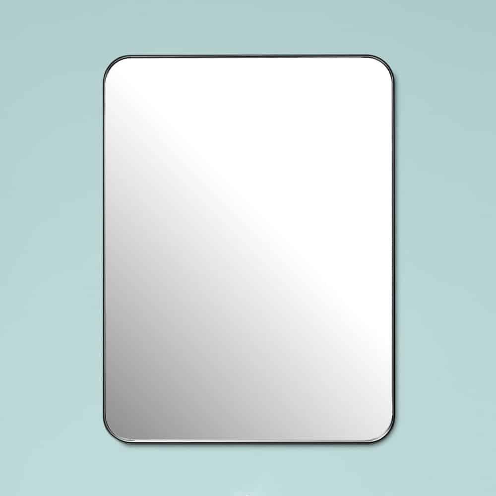 Firkantet spejl med sort metalramme